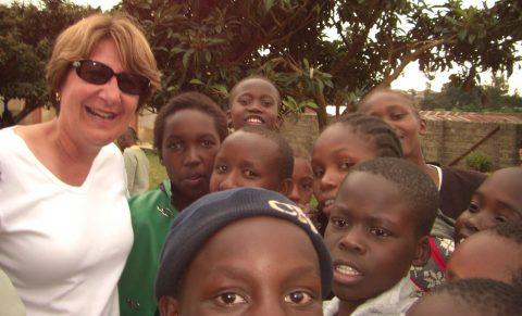 Paula_Meyer_With_Students