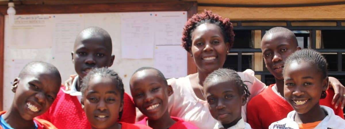 Maureen with Students